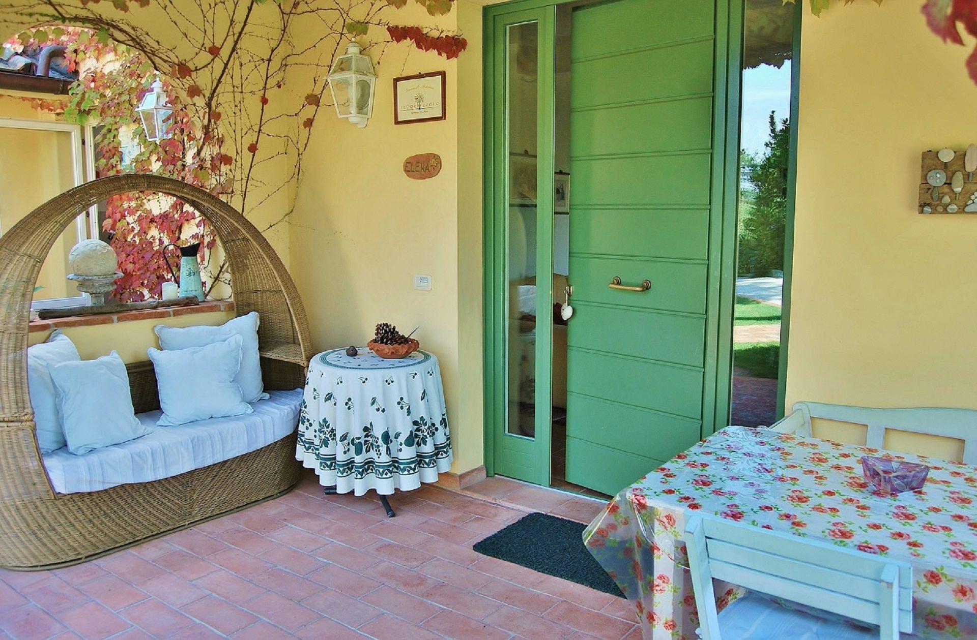 veranda elena